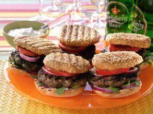Ett exempel på hemmagjorda hamburgare.